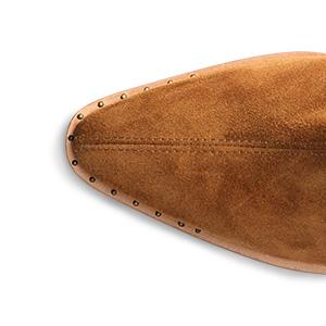 shoe top detail